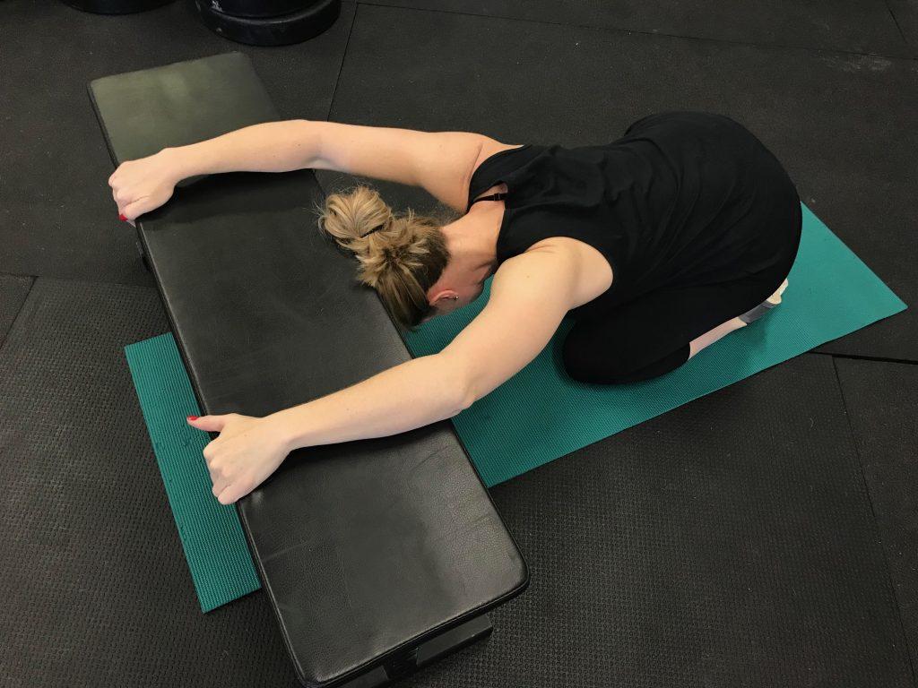 shoulder pain exercises, shoulder pain stretches, shoulder pain therapy,
