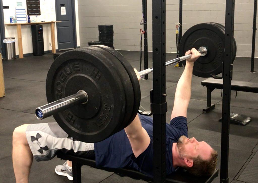 eccentric bench press, triceps tendinitis, lifter's elbow