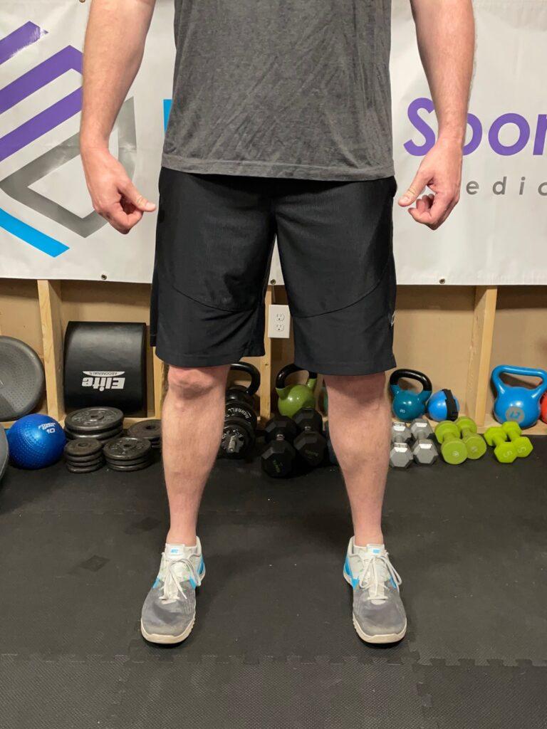 foot rotation squat